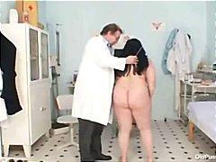 Голема убава жена Бизарен Малку дебела Дебела Баба