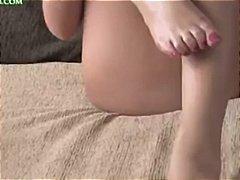 בלונדיניות אנגליות ביגוד תחתון פטיש כפות רגליים