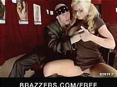 Blonde Orgasm Pampubliko Puke Suso