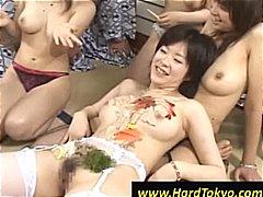 אסיאתיות זיון במעגל שעירות הרדקור יפניות