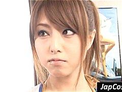 Aasia Ergutustüdruk Fetiš Jaapani Vormis