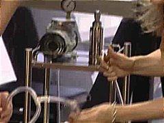 סאדו בלונדיניות שעבוד חליפות גומי לסביות