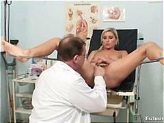 מוזר בלונדיניות צ'כיות רופא אקסטרים