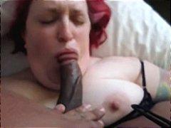 베이글녀 음경 삼키기 매춘부