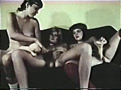 Karvane Vintage Lesbi