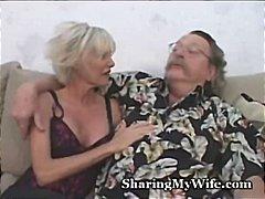 בלונדיניות חילופי זוגות מבוגרות