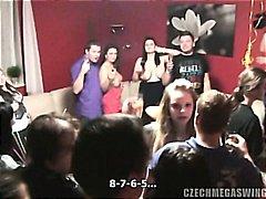 Аматери Чешки Домашно Оргии Забава