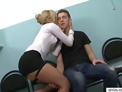 Cumshot I Ansiktet Hardporno Sexy Mødre (Milf) Kontor
