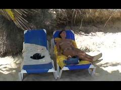חובבניות חוף מפורסמות