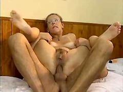 אנאלי גמירה על הפנים סבתות