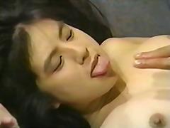 אסיאתיות יפניות מציצות