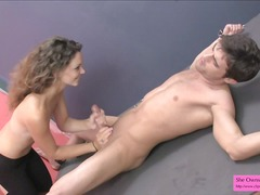 Rollenspiele Female domination Handjob