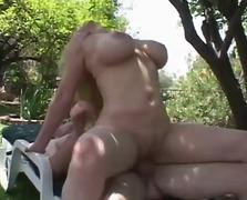 Големи Цицки Зрели За Секс Милф
