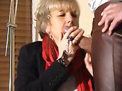 Suhuvõtmine Küps Vanaema