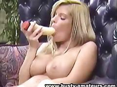 Blondid Dildo Masturbeerimine Tissid Suured Rinnad