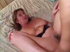 Milf in heat gets her ass pounded