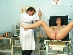 Чешки Доктор Гинеколог Медицински Пиче