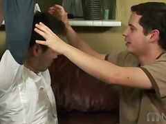 שלישיה הומואים הרדקור תחתונים נשיקות