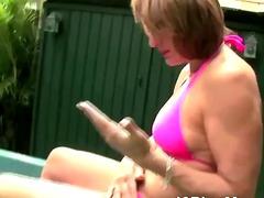 Amatorzy Masturbowanie Dojrzałe Atrakcyjne Starsze Kobiety Na Zewnątrz