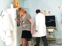 Странни Доктор Фетиш Космати Домакини