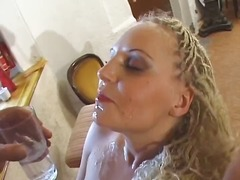 Blonde gets seduced by bartender and blows and bangs for mouthful