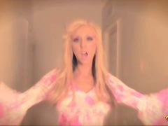 Zadočky Blondínky Klitoris Piercing Pornohviezdy