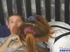 ძიძა ქერა პირში აღება