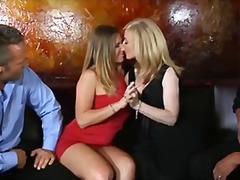 Blondínky Brunetky Milfky Pornohviezdy Veľké Kozy