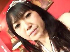 גמירה על הפנים יפניות צעירות