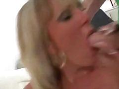 Pijpen Piercing Sex Met Z'n Drieën