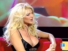 Blonde Celebritati Sex In Public Singure Lesbiene