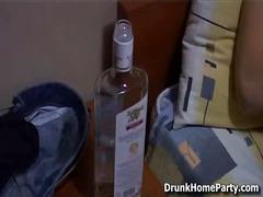 ברונטיות שיכורות הרדקור לסביות