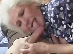 סבתות מבוגרות מבוגרות