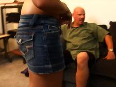 Trojka Brunetky Oblečené ženy Tvrdé porno 1 žena 2 muži