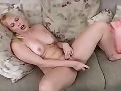 Blondid Rinnakas Masturbeerimine Orgasm Tussu