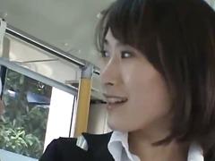 אסיאתיות מציצות רב גזעי יפניות בחוץ