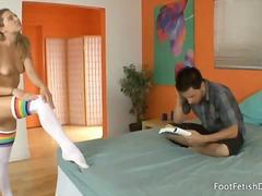 כוסיות פטיש מציאותי צעירות פטיש כפות רגליים