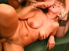 Баба Домаќинка Зрели За Секс Милф Сопруга