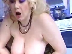 Блондинки Хардкор Літні Пірсинг Груди