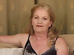 Babičky Masturbácia Staršie ženy