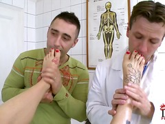 רופא פטיש מציאותי קעקועים מדים