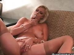 Blondýnky Fetiš Masturbace Starší Ženy Kouření