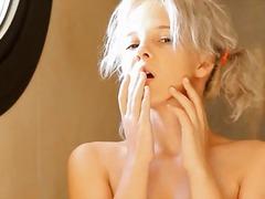 Blondid Armas Masturbeerimine Raseeritud Kõhn