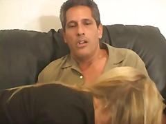 אנאלי בייביסיטר בלונדיניות מציצות גמירה על הפנים