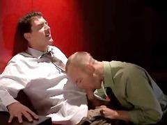 הומואים במשרד אוראלי מציצות