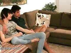 הומואים אוראלי צעירות שלושה משתתפים הומואים צעירים