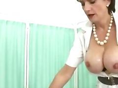 British Naglalakihang suso Kabit Matandang sexy Pindeho