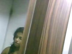Indian chick changing top in pink bra talking in phone indian desi indian cumshots arab