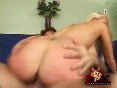 Hardcore Piercing Tette