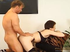 Хардкор Зрели за секс Доги стил